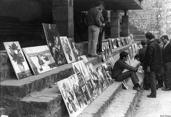 Feria de arte en la Plaza de La Trinidad