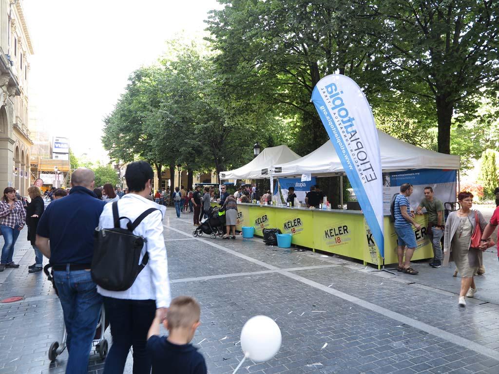 Fiesta del arte en la Plaza Gipuzkoa