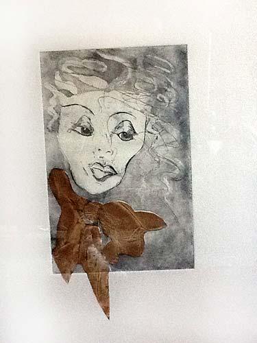 'Mujer con lazo'