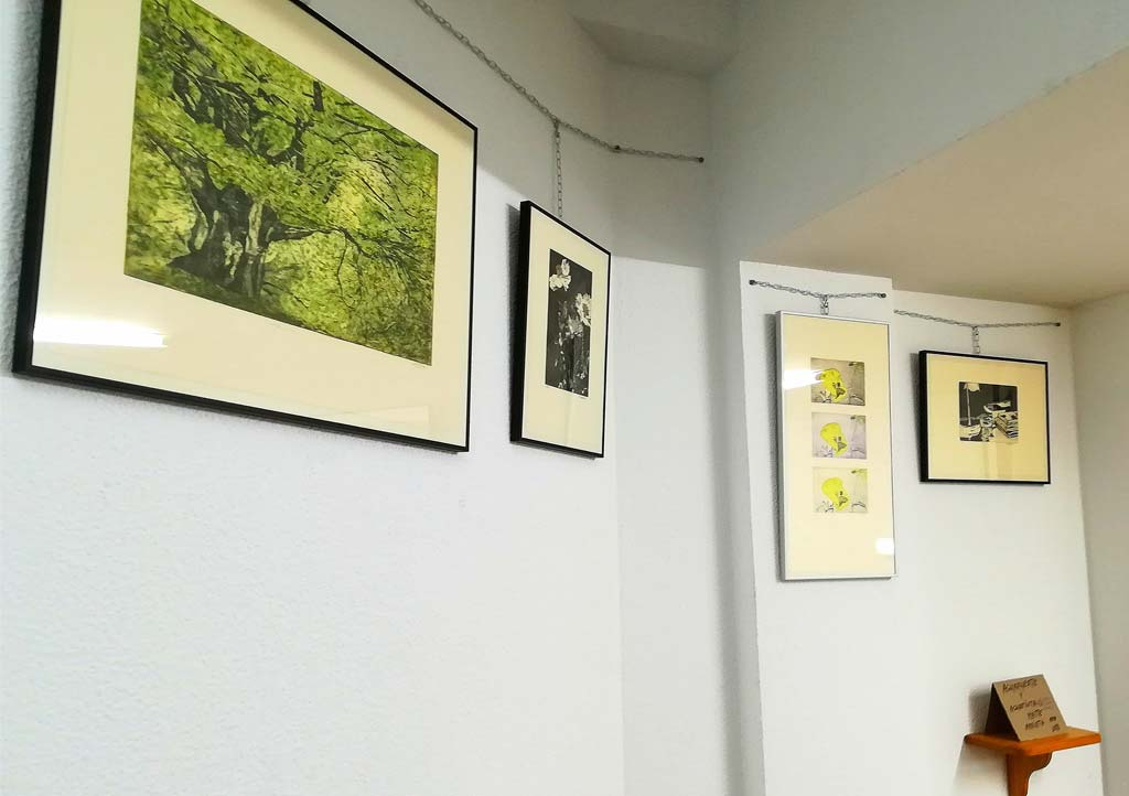 Exposición de Maite Arrieta en el Hall de entrada de la asociación artística