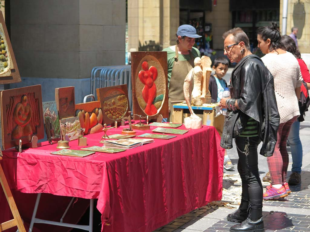 Arte Topaketak en la Plaza de Gipuzkoa